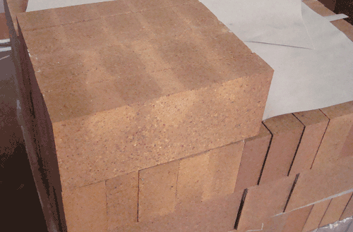 Mg-Al spinel brick